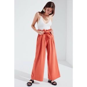 Urban Outfitters // Bennie Paperbag Wide Leg🌛